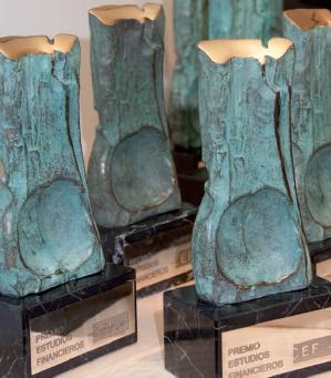 El CEF entrega su Premio de Estudios Financieros
