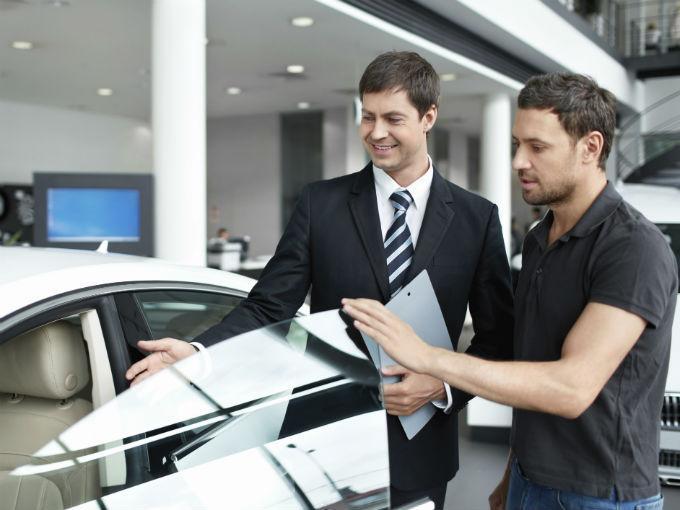 ¿Cuándo empezarán a venderse coches por internet?