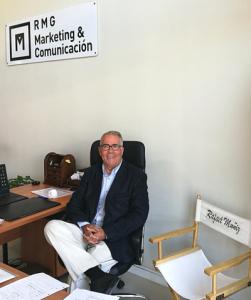 Rafael Muñiz en sus oficinas de Julián Camarillo