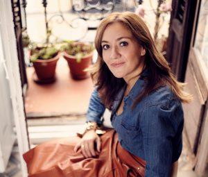 Virginia Ibañez, creadora de La Agencia Secreta, una empresa dedicada a conseguir artículo de lujo que están agotados.