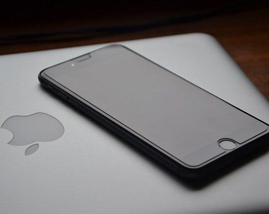 La estrategia del lanzamiento del IPhone 13: mejorar el producto y rebajar el precio